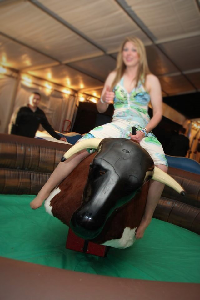 rodeo bull hire oxfordshire